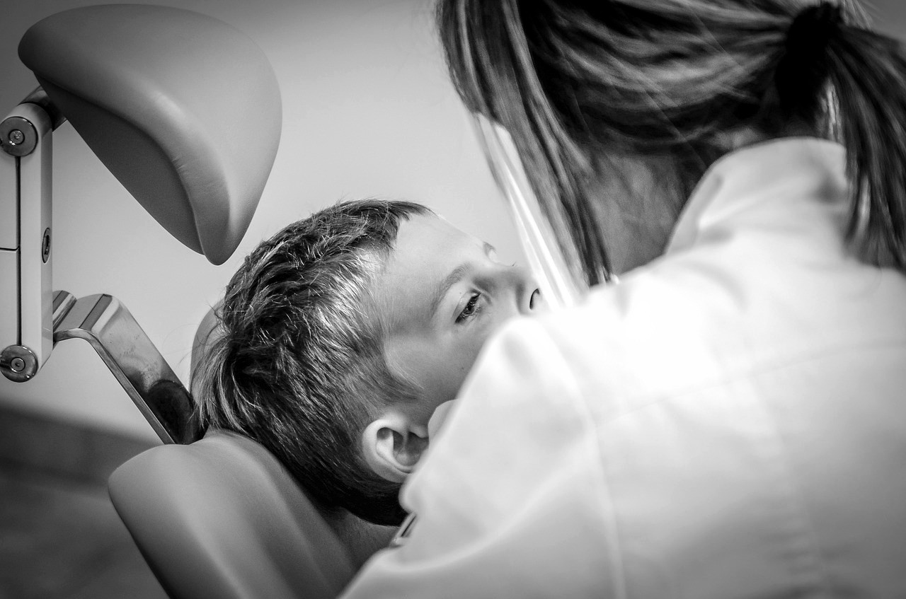 Wie passender Zahnschutz bei Kindern aussieht